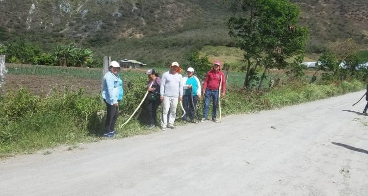 MINGA EN LA COMUNIDAD DE COCHAS.